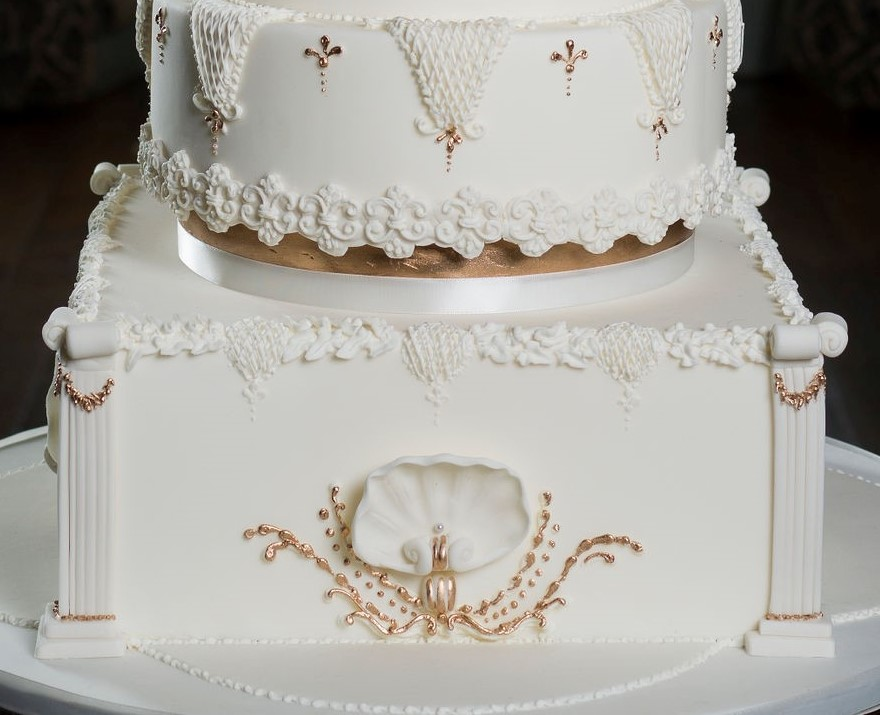 Photograph showing sugar details inspired by venue architcture