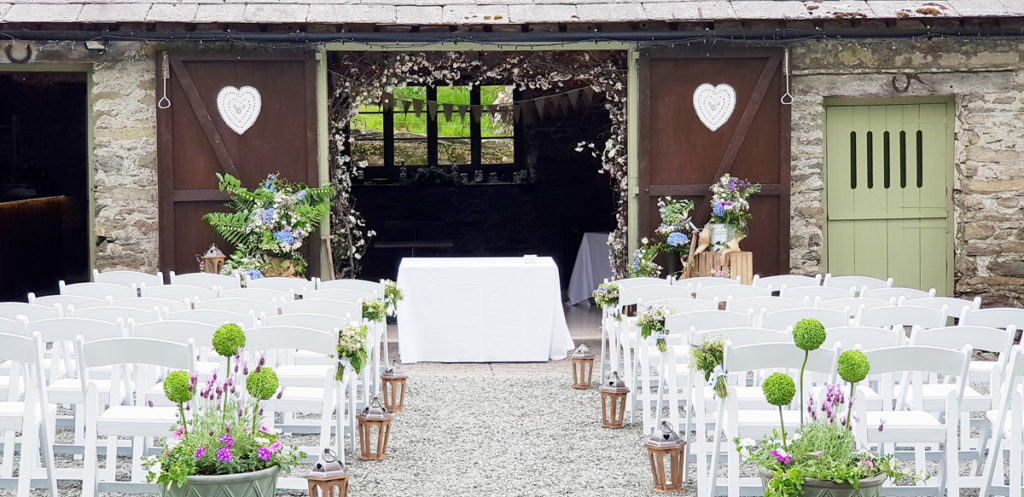 Barn Outdoor Wedding Ceremony area at Cote How